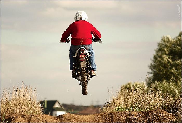 2012-09-01_Motocross_58_IMG_9497-98-abc.jpg: 950x642, 158k (2012-09-15, 19:58)