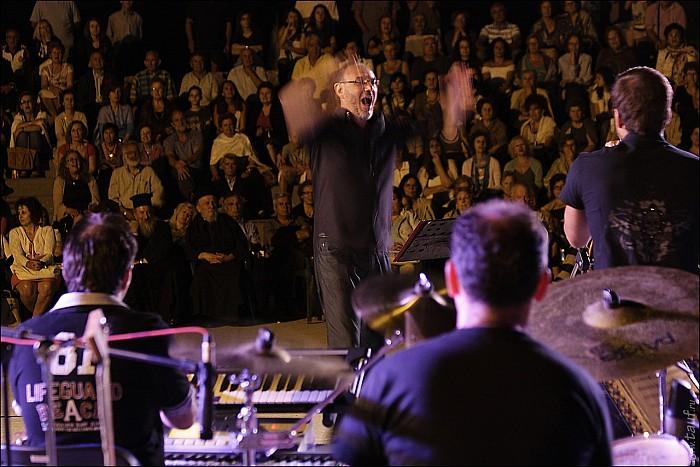 Greece-Concert_4591-abc.jpg: 1280x854, 408k (2013-07-23, 00:47)
