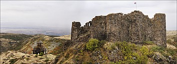 02Armenia-003a_MG_1936-54a-abc.jpg: 1900x687, 635k (2015-10-24, 23:52)