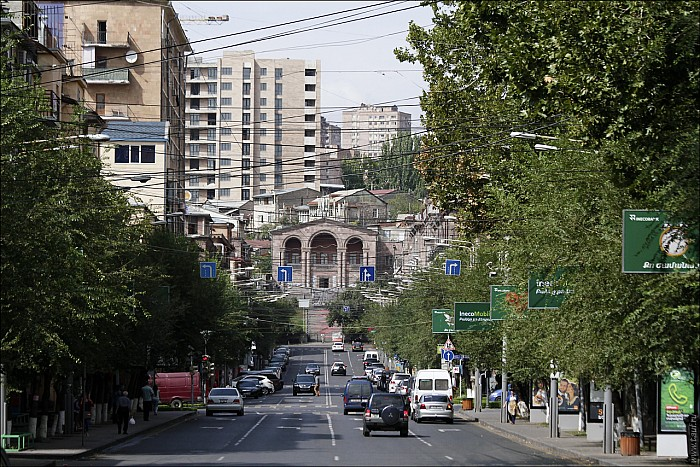 01Yerevan-023_MG_1192-abc.jpg: 1280x854, 654k (2015-10-16, 00:20)