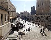 2018-12-Israel-balcony-09__C251068.jpg