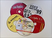 2020-08-18-CDs-03-8181064.jpg